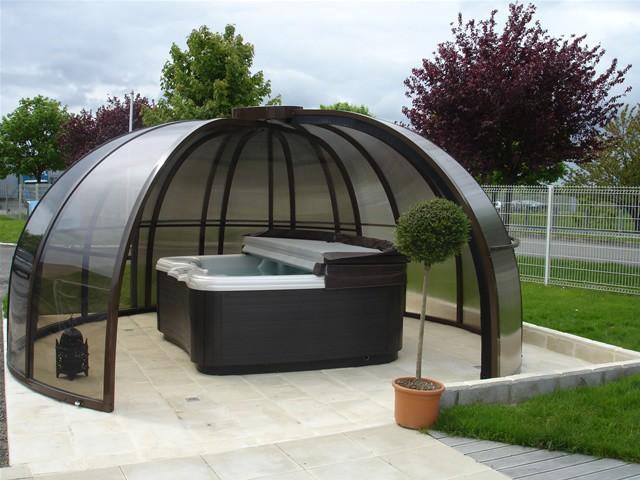 Un abri pour un spa ext rieur - Spa exterieur pas cher ...